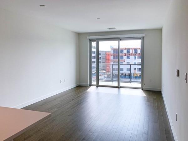 1 Bedroom, Central Maverick Square - Paris Street Rental in Boston, MA for $3,000 - Photo 2