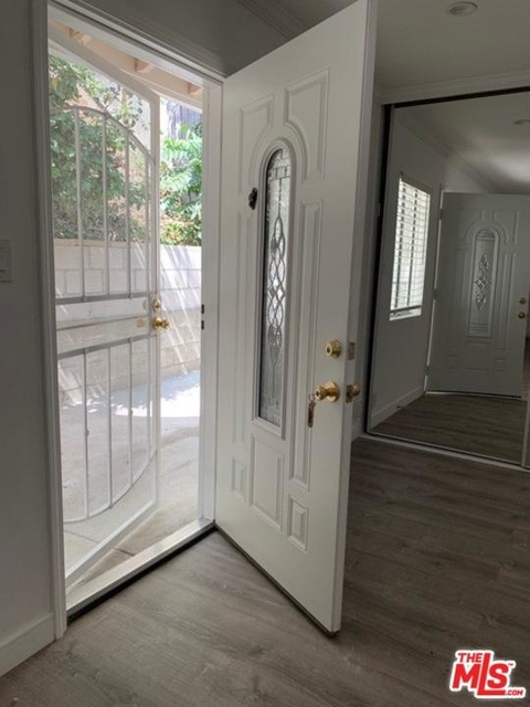 Studio, Beverly Crest Rental in Los Angeles, CA for $2,250 - Photo 2
