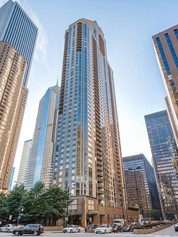 2 Bedrooms, The Loop Rental in Chicago, IL for $2,800 - Photo 1