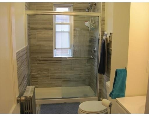3 Bedrooms, Harbor View - Orient Heights Rental in Boston, MA for $2,700 - Photo 2