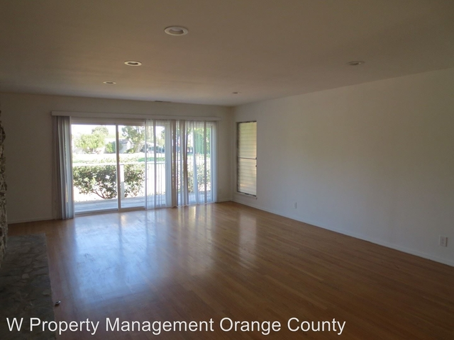 4 Bedrooms, The Island Streets Rental in Los Angeles, CA for $4,500 - Photo 2