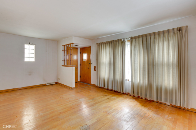3 Bedrooms, Ravenswood Rental in Chicago, IL for $1,900 - Photo 2