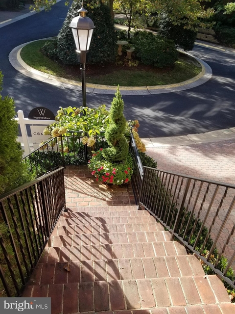 3 Bedrooms, McLean Rental in Washington, DC for $4,950 - Photo 2