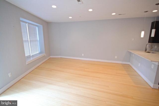 1 Bedroom, Columbia Heights Rental in Washington, DC for $1,995 - Photo 2