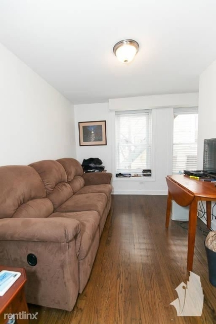 3 Bedrooms, West Town Rental in Chicago, IL for $1,800 - Photo 2