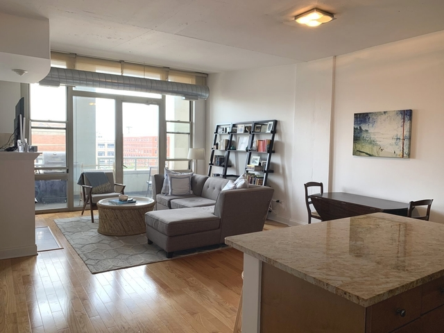 2 Bedrooms, Near West Side Rental in Chicago, IL for $3,000 - Photo 2