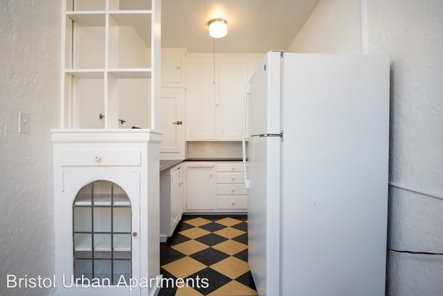 1 Bedroom, Buckman Rental in Portland, OR for $1,345 - Photo 2