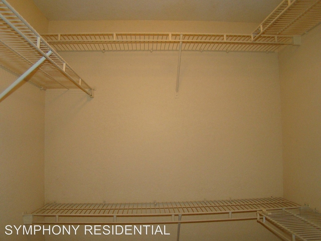 2 Bedrooms, Country Club Rental in Miami, FL for $1,695 - Photo 2