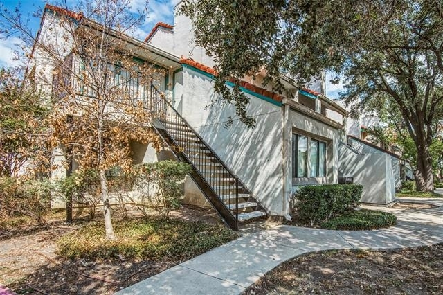 1 Bedroom, RANDCO Rental in Dallas for $975 - Photo 2
