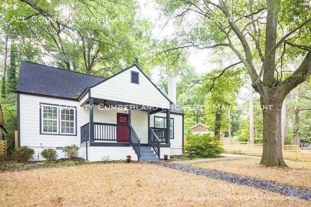 3 Bedrooms, Grove Park Rental in Atlanta, GA for $1,750 - Photo 2