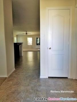 3 Bedrooms, Foster Glen Rental in Houston for $1,495 - Photo 2