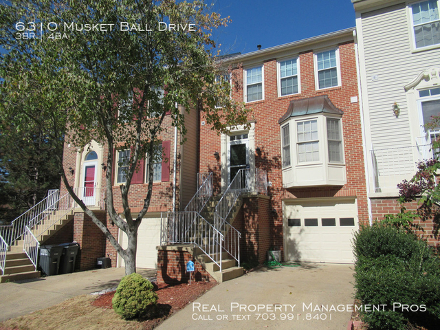 3 Bedrooms, Centreville Rental in Washington, DC for $2,100 - Photo 2