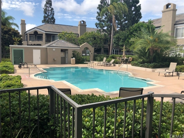 3 Bedrooms, Bayview Court Rental in Los Angeles, CA for $4,000 - Photo 1