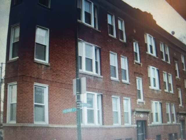 2 Bedrooms, Roscoe Village Rental in Chicago, IL for $1,600 - Photo 1