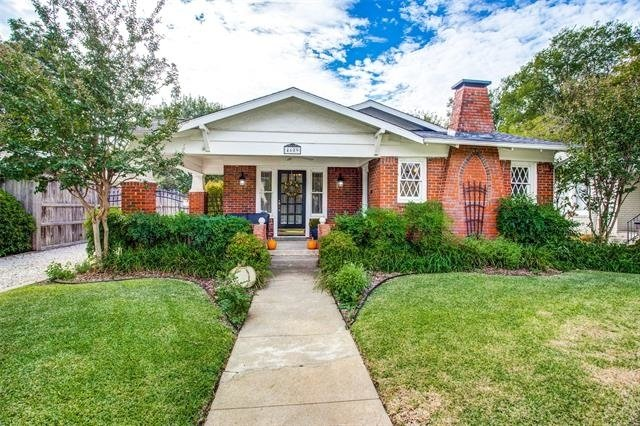 2 Bedrooms, Arlington Heights Rental in Dallas for $1,850 - Photo 1
