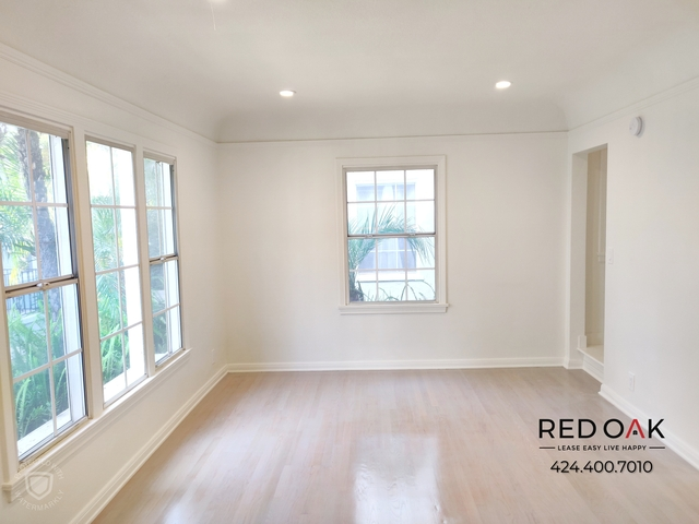 2 Bedrooms, Greater Wilshire Rental in Los Angeles, CA for $2,895 - Photo 2