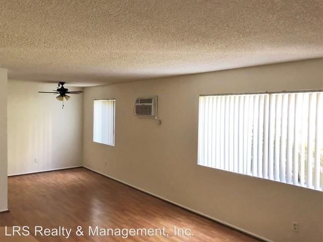 2 Bedrooms, Van Nuys Rental in Los Angeles, CA for $1,875 - Photo 2
