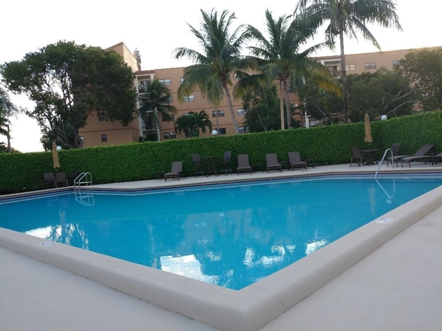 1 Bedroom, South Middle River Rental in Miami, FL for $1,250 - Photo 1