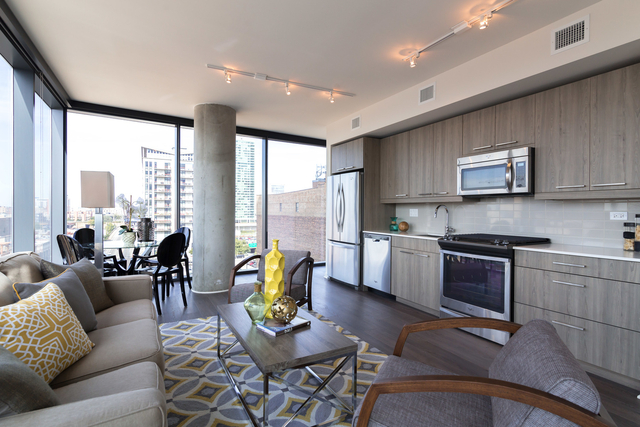 2 Bedrooms, Fulton Market Rental in Chicago, IL for $3,200 - Photo 2