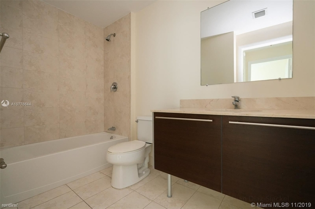 2 Bedrooms, Miami Financial District Rental in Miami, FL for $2,800 - Photo 2