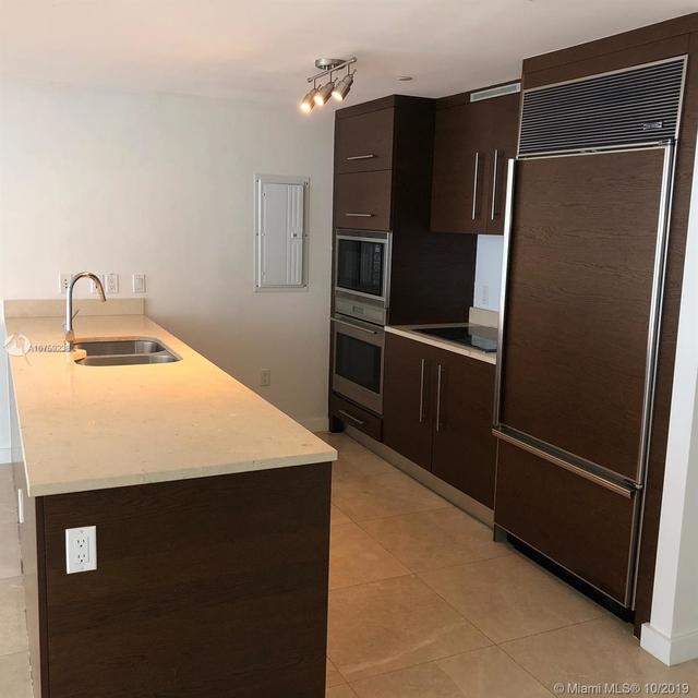 2 Bedrooms, Miami Financial District Rental in Miami, FL for $3,600 - Photo 2