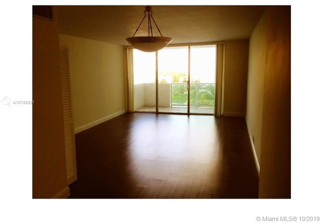 1 Bedroom, West Avenue Rental in Miami, FL for $2,199 - Photo 2