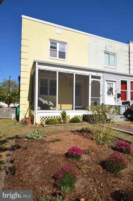 2 Bedrooms, Lynhaven Rental in Washington, DC for $2,450 - Photo 1