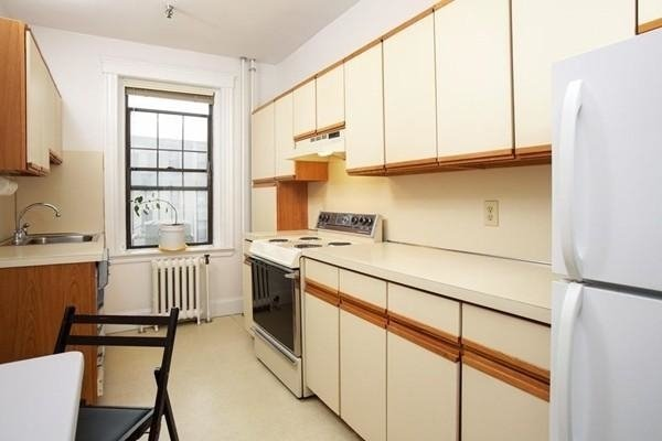3 Bedrooms, Commonwealth Rental in Boston, MA for $2,400 - Photo 2