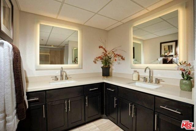 2 Bedrooms, Westwood Rental in Los Angeles, CA for $4,424 - Photo 2