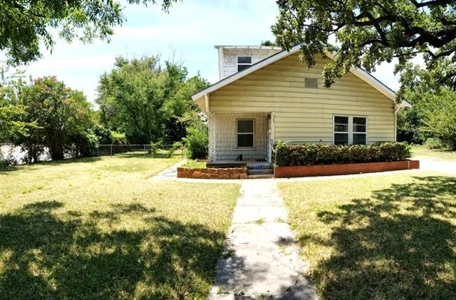 3 Bedrooms, Carter Riverside Rental in Dallas for $1,350 - Photo 2