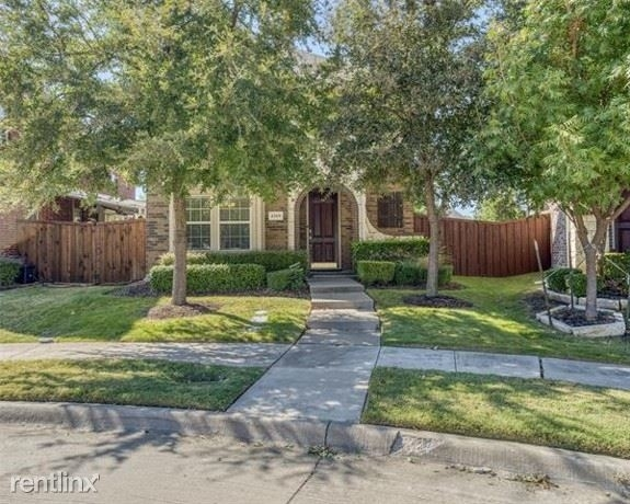 3 Bedrooms, Castle Hills Rental in Dallas for $2,520 - Photo 2
