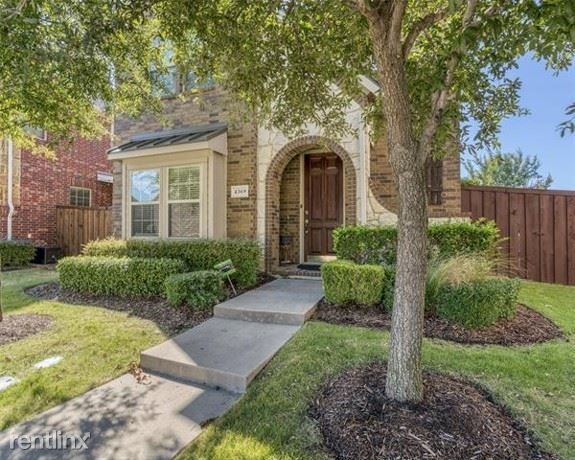 3 Bedrooms, Castle Hills Rental in Dallas for $2,520 - Photo 1