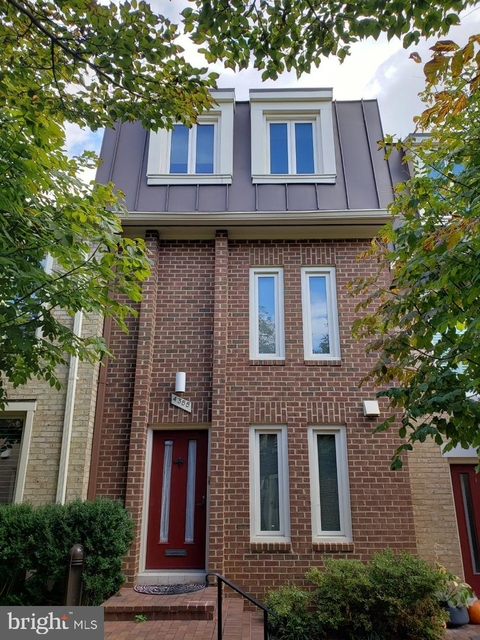 3 Bedrooms, Cathedral Heights Rental in Washington, DC for $4,600 - Photo 1