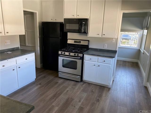 4 Bedrooms, Park West Rental in Los Angeles, CA for $6,000 - Photo 2