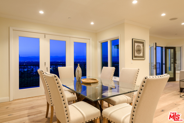 5 Bedrooms, Sherman Oaks Rental in Los Angeles, CA for $9,500 - Photo 2