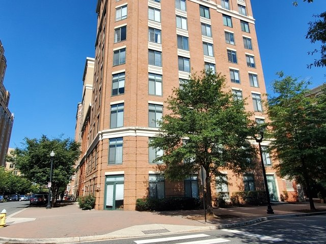 2 Bedrooms, Clarendon - Courthouse Rental in Washington, DC for $3,600 - Photo 1