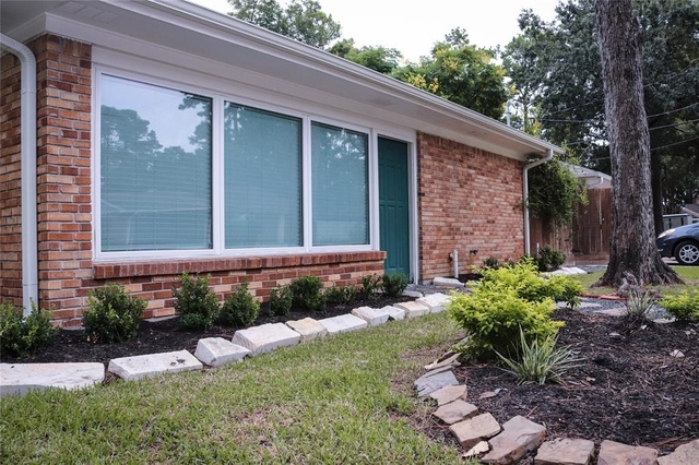4 Bedrooms, Spring Branch Woods Rental in Houston for $2,600 - Photo 2