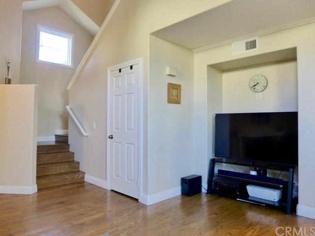 3 Bedrooms, Aliso Viejo Rental in Los Angeles, CA for $2,950 - Photo 2