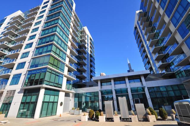 1 Bedroom, Greektown Rental in Chicago, IL for $2,600 - Photo 1