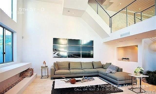 3 Bedrooms, Wilshire-Montana Rental in Los Angeles, CA for $9,995 - Photo 1