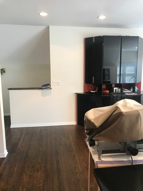 2 Bedrooms, Evanston Rental in Chicago, IL for $1,750 - Photo 2
