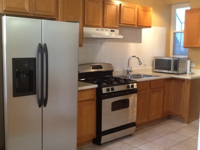 2 Bedrooms, Goose Island Rental in Chicago, IL for $1,600 - Photo 2