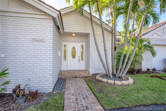 4 Bedrooms, Country Club of Miami Estates Rental in Miami, FL for $3,950 - Photo 2