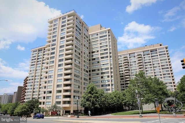 2 Bedrooms, Friendship Heights Village Rental in Washington, DC for $2,800 - Photo 1