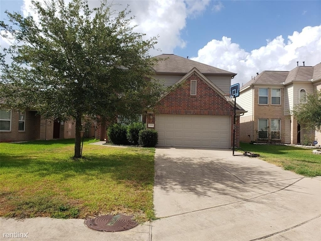 5 Bedrooms, Harris County Rental in Houston for $2,500 - Photo 2