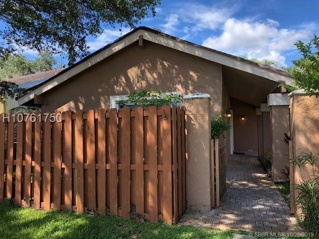 3 Bedrooms, Stonebridge Rental in Miami, FL for $2,550 - Photo 1