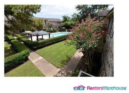 2 Bedrooms, London Townhome Rental in Houston for $1,675 - Photo 2