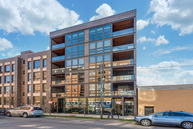 3 Bedrooms, Goose Island Rental in Chicago, IL for $4,900 - Photo 1