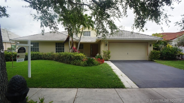 4 Bedrooms, Forest Ridge Rental in Miami, FL for $3,300 - Photo 1