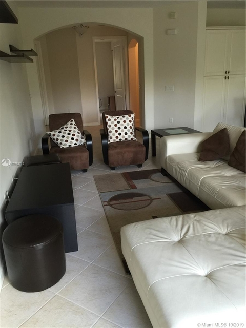 3 Bedrooms, Sawgrass Lakes Rental in Miami, FL for $2,300 - Photo 1